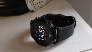Read more about the article Why Should I Buy A Smart Watch