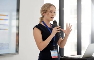 Read more about the article How Do I Deliver A Keynote Speech